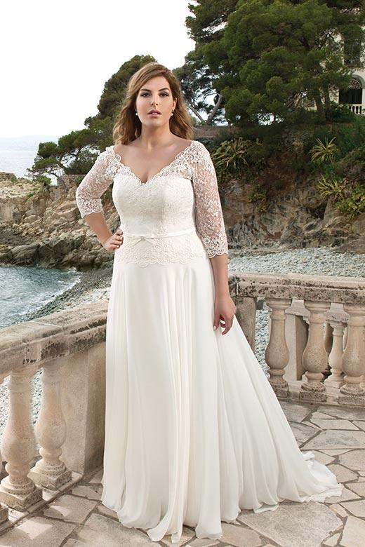Curvy Bride: How to Find The Perfect Wedding Dress For You