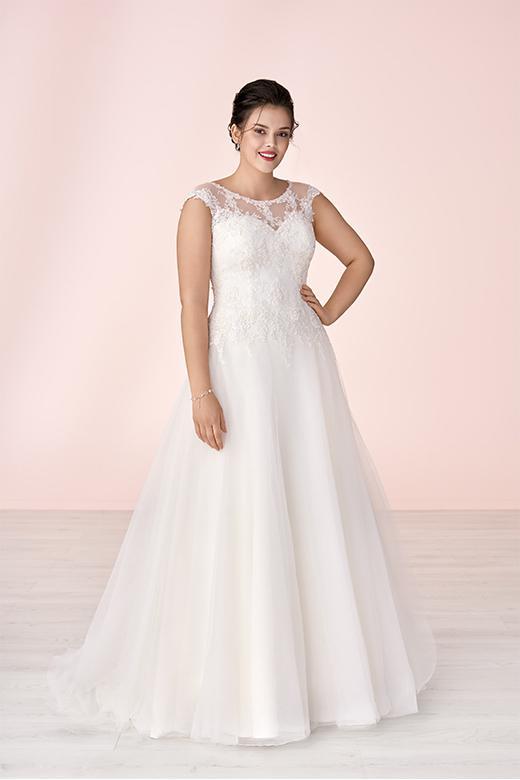 Curvy Bride-028