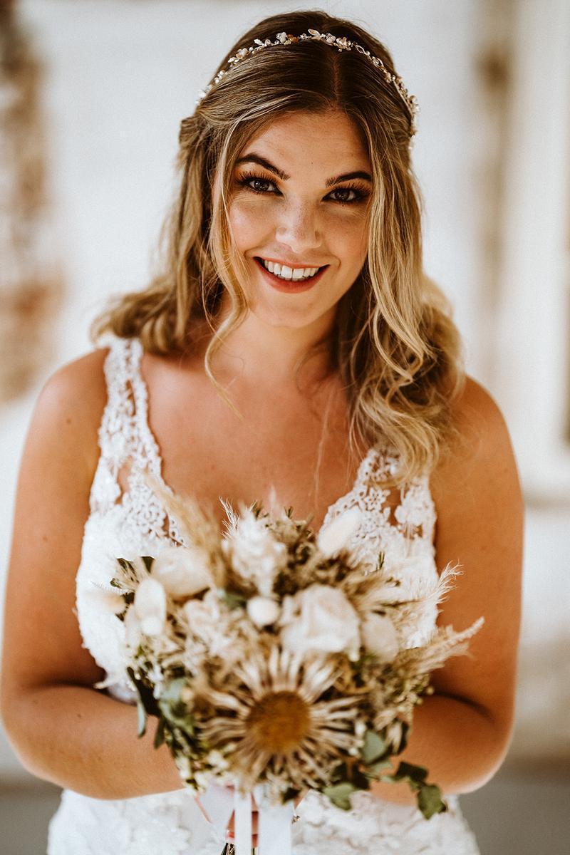 Hochzeitshaus Struck Brautkleid Curvy Braut Große Größen Brautmode